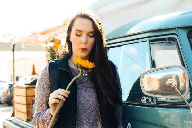 Lydia Yonce Senior - Flower Truck-2
